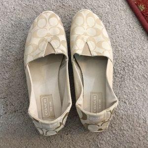 💕 Coach creme Pandora sz 8 med slip on shoes 💕
